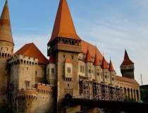 Castelul Corvinilor din...