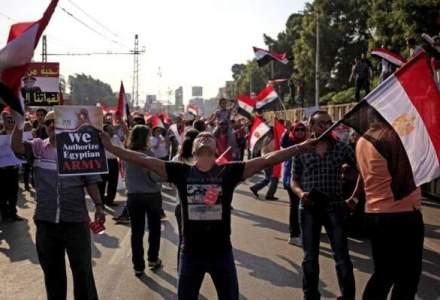 Lovitura de stat in Egipt: Armata a demis primul presedinte din istoria natiunii ales in mod democratic [UPDATE]