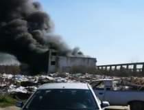 Incendiu la o clădire din...