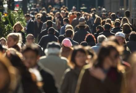 INS: Peste jumătate din populaţia ţării este reprezentată de femei