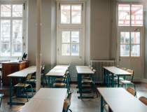 FSLI: Şcolile sunt închise,...