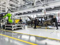 Lamborghini închide fabrica...