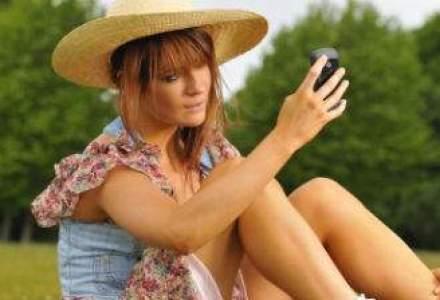 Mediascope: femeile, minoritare in folosirea Internetului mobil, in Romania