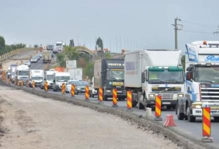 Coronavirus - Șoferi români de camion, blocați la granița dintre Italia și Slovenia