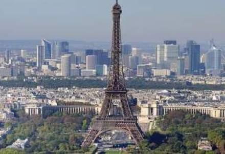 """Franta a pierdut ratingul """"AAA"""" si de la Fitch: Economia nu creste de trei ani si are cel mai mare somaj din 1999"""