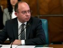 Ministrul român de externe:...