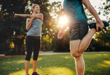 4 obiceiuri zilnice care te pot ajuta să scapi de durerile de spate