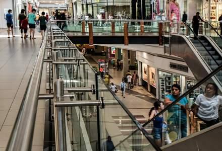 Coronavirus | Magazinele din mall-uri, cu excepția celor alimentare și a farmaciilor, suspendă contractele de închiriere și contractele de muncă ale angajaților