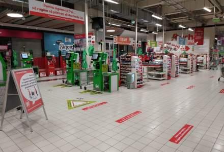 Coronavirus | Magazinele Auchan își modifică programul de funcționare și suspendă transportul gratuit maxi-taxi pentru clienți pe toate rutele