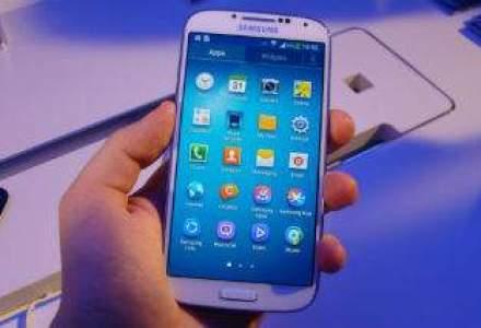 """Samsung neaga faptul ca Galaxy S4 a fost construit pentru """"a pacali"""" testele de performanta"""