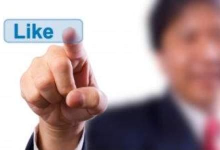 Actiunile Facebook au depasit pentru prima data din mai anul trecut pretul de listare