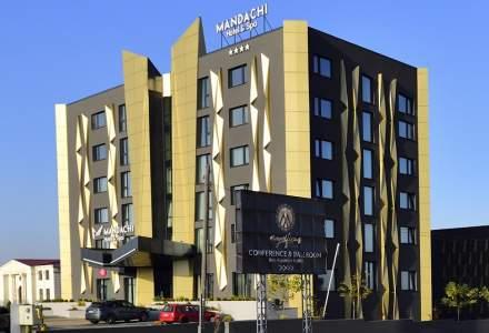 Ștefan Mandachi îi provoacă pe toți hotelierii din România să-și pună la dispoziție camerele pentru medici