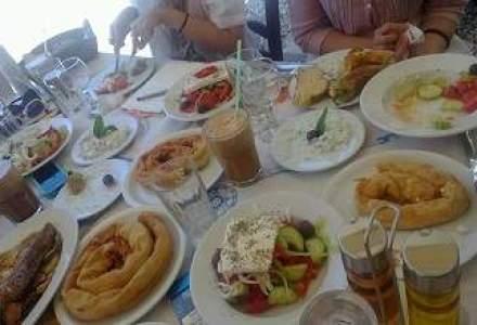 "Grecii ""joaca"" intelept: reduc taxele restaurantelor si tintesc venituri mai mari din turism"