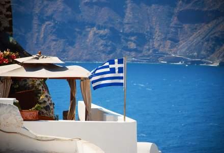 Premierul grec, apel către membrii guvernului și parlamentari să-şi doneze jumătate din salariu pentru a combate coronavirusul