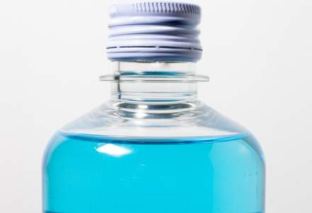 Importul, producția și distribuția de alcool sanitar – ce implică din perspectiva accizelor?
