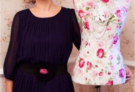 Dupa 17 ani in publicitate, a lansat o afacere cu haine pentru copii create doar de designeri romani
