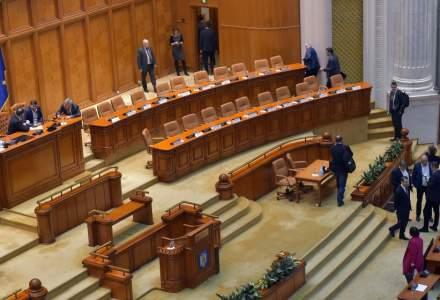 Proiectul de lege pentru suspendarea rambursării creditelor, adoptat de plen