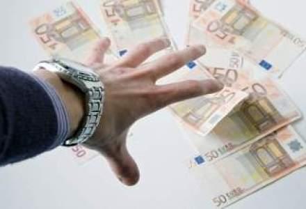 Romanii au apelat mai putin la IFN-uri pentru credite de consum: minus 13% la 6 luni