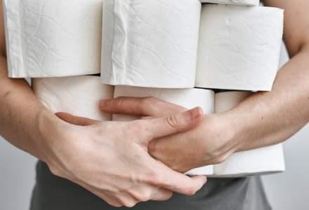 Coronavirus: Un american, arestat după ce şi-a lovit mama pentru că a ascuns hârtia igienică
