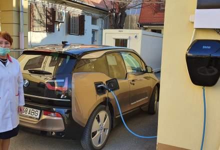 Automobile Bavaria pune la dispoziƫia echipelor medicale autoturisme electrice în Cluj-Napoca, Craiova şi Sibiu
