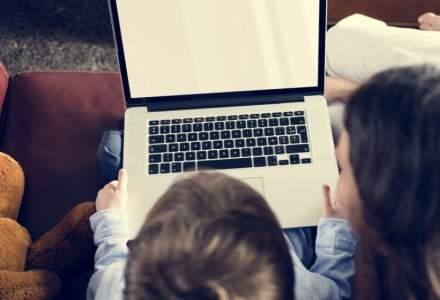 Dascăl: Programa școlară poate fi adaptată predării online. Trebuie creativitate și muncă din partea profesorului