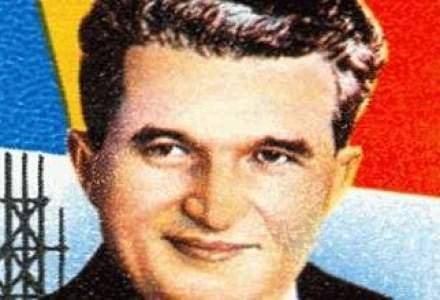 Un volum omagial de poezii dedicate lui Ceausescu, scos la licitatie