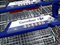 Carrefour înjumătățește...
