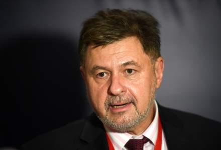 """Alexandru Rafila: Reluarea cursurilor s-ar putea face """"gradual"""", începând cu universităţi şi licee"""