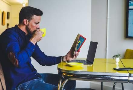 Statul acasă poate fi startul către lecturi interesante și antrenamente relaxante