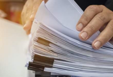Numărul contractelor de muncă suspendate creşte, iar cel al contractelor încetate depășește 260.000