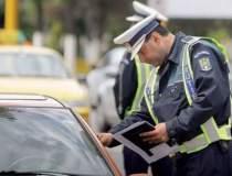 Poliţiştii au aplicat amenzi...