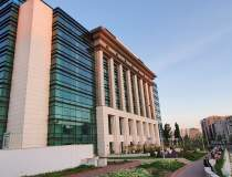 Biblioteca Naţională a...