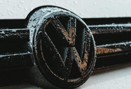 COVID-19 | Volkswagen a reluat activitatea într-una din cele mai mari fabrici auto