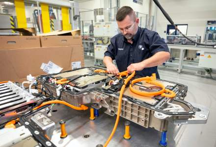 BMW Group urmărește producerea de baterii în fabricile sale