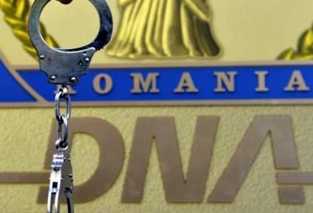 Mită de 1,1 milioane de euro ar fi fost cerută de un ofițer de poliție judiciară: a fost reținut de DNA