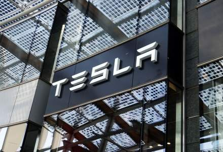 Tesla pierde 13 miliarde de dolari pe bursă după un mesaj scris de Elon Musk pe Twitter