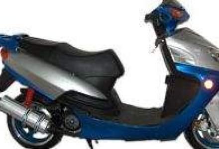 Vanzarile de scutere, mopede si motociclete, crestere de 350% in 2008