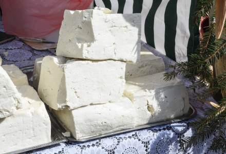 """Administrația Străzilor din București a cumpărat brânză pentru """"protecția salariaților"""""""