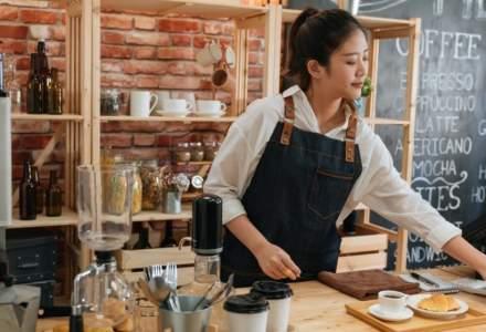 Agenție de recrutare: Muncitorii asiatici sunt într-o situație dificilă în România, fără mijloace de a se întreţine sau găsi un job