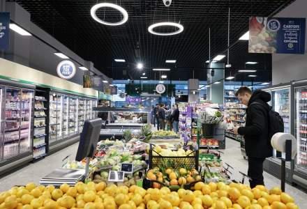 Pandemia de COVID-19 nu a schimbat planurile de recrutare ale Carrefour | Retailerul angajează personal în magazine și în sediul central din România