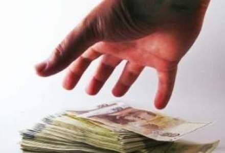Grecii cauta salvarea: planul NBG si Piraeus Bank pentru creditele neperformante