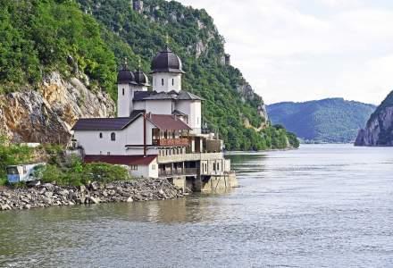 Studiu: Intervențiile umane au scurtat Dunărea cu 134 de kilometri