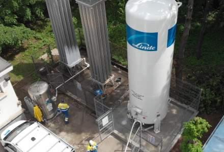 Spitalul Modular 1 Elias a fost conectat la un rezervor Linde cu capacitate de 20.000 de litri. Ce rol are oxigenul medicinal în tratarea pacienților COVID-19?