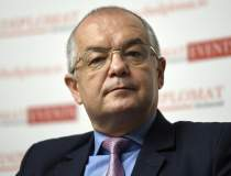 Emil Boc: Voi desființa faxul...