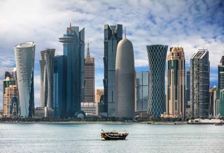Qatarul îi pedepseşte cu până la 3 ani de închisoare pe cei care nu poartă măşti de protecţie în public