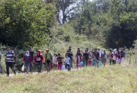 Românilor care intră în țară li se cer, la graniță, sute de euro pentru a fi duși în județele de domiciliu