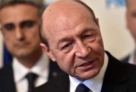 Băsescu a fost amendat în urma unor declaraţii la adresa romilor
