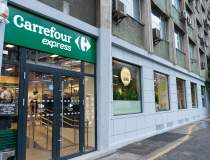 Carrefour România deschide un...