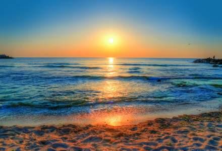 COVID-19 | Sondaj: Peste 50% dintre turiștii români vor alege litoralul românesc pentru vacanța din 2020