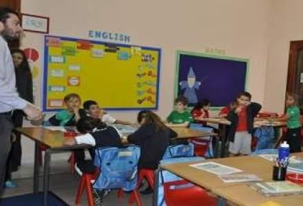 Cum invata copiii oamenilor de afaceri care platesc zeci de mii de euro pe an pentru educatie